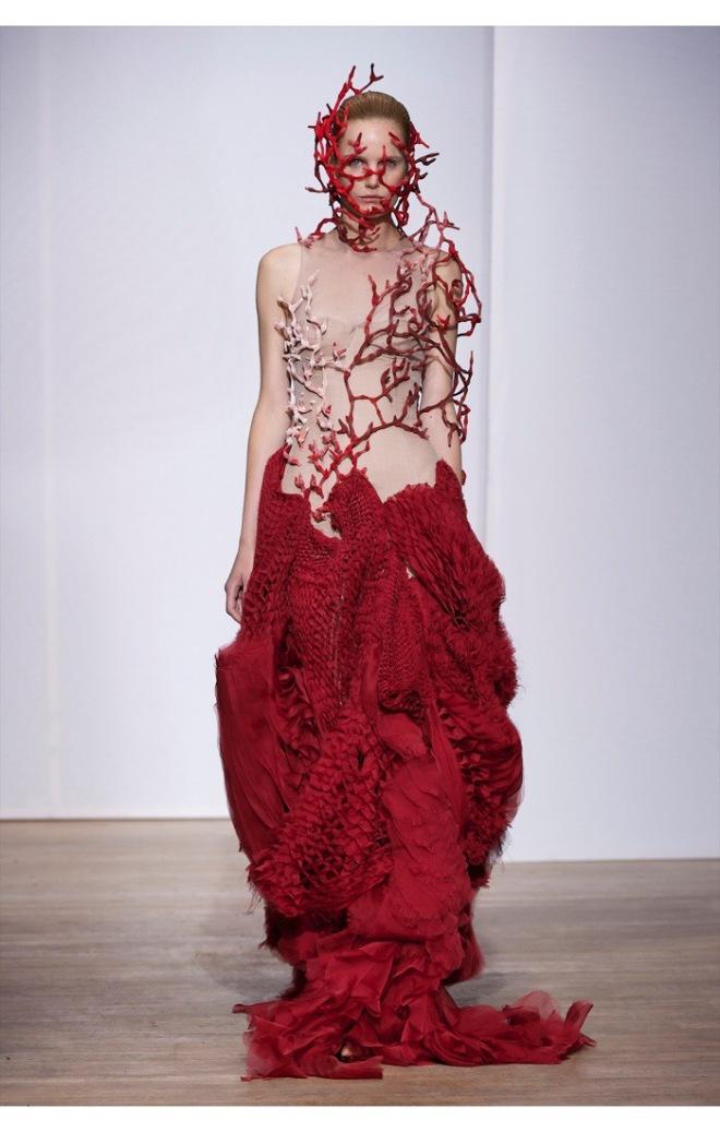 Yiqing Yin Couture Spring 2013