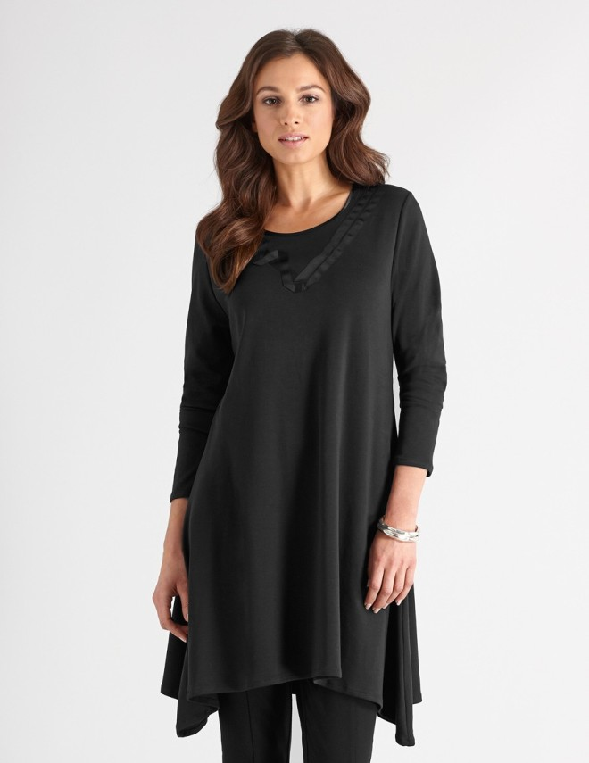Trapeze Tunic Wall London on Plus Black Blog
