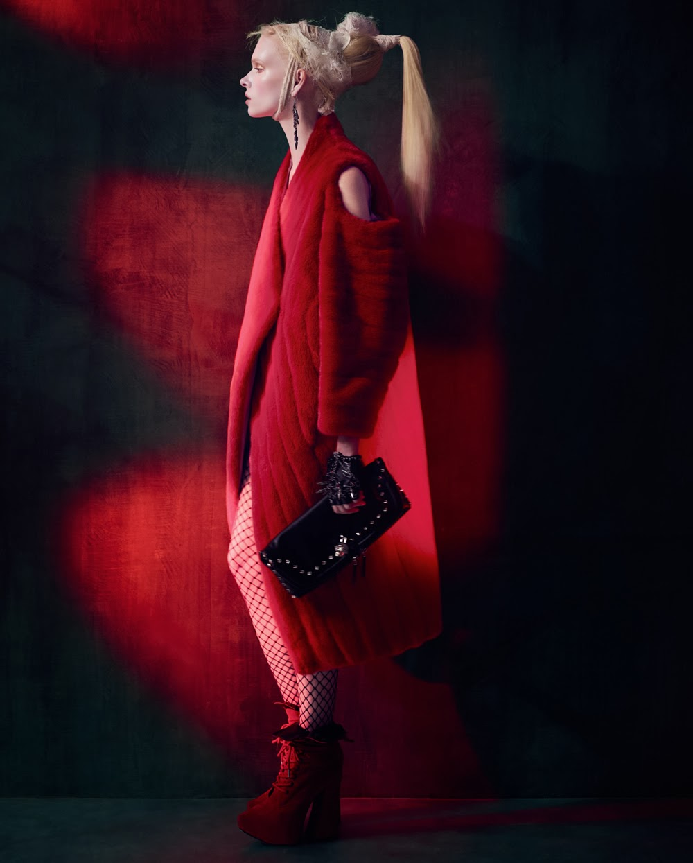 Alyona Subbotine style by Damian Foxe in How To Spend It November 2013