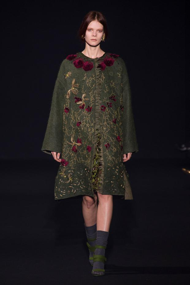 alberta-ferretti-autumn-fall-winter-2014-mfw12