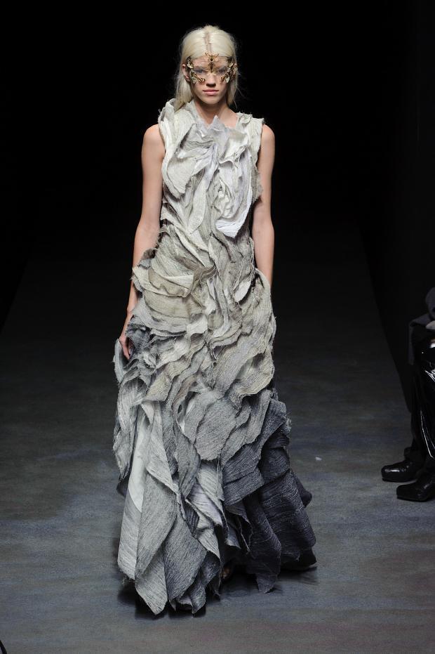 yiqing-yin-haute-couture-spring-2014-pfw18