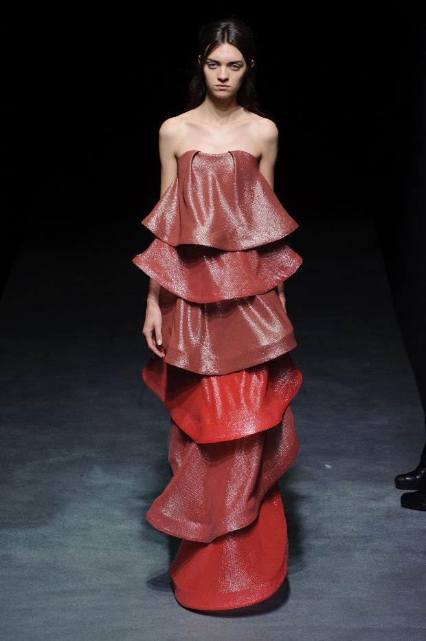 yiqing-yin-haute-couture-spring-2014-pfw3