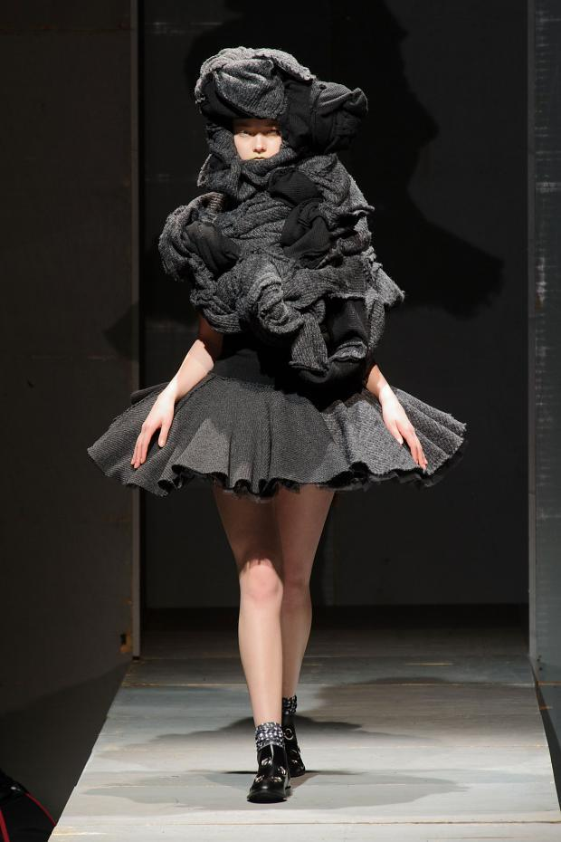 comme-des-garcons-autumn-fall-winter-2014-pfw20-1