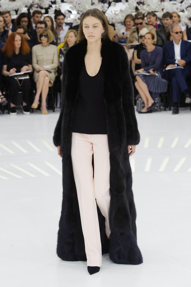christian-dior-haute-couture-fall-2014-pfw23