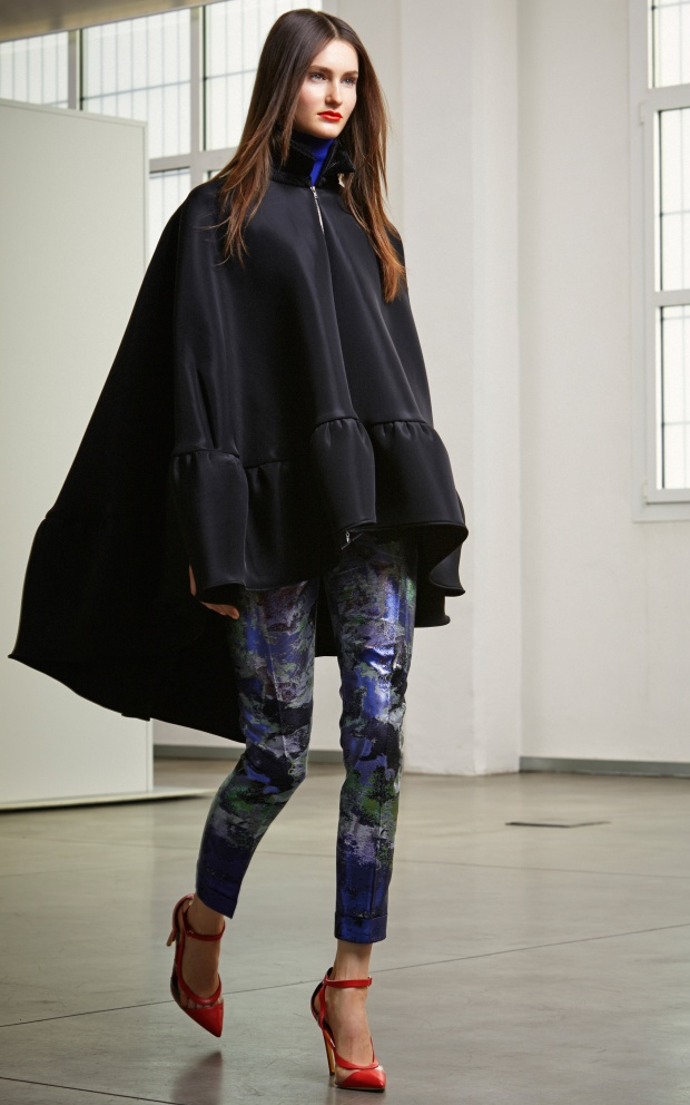 Antonio Berardi Cape in black