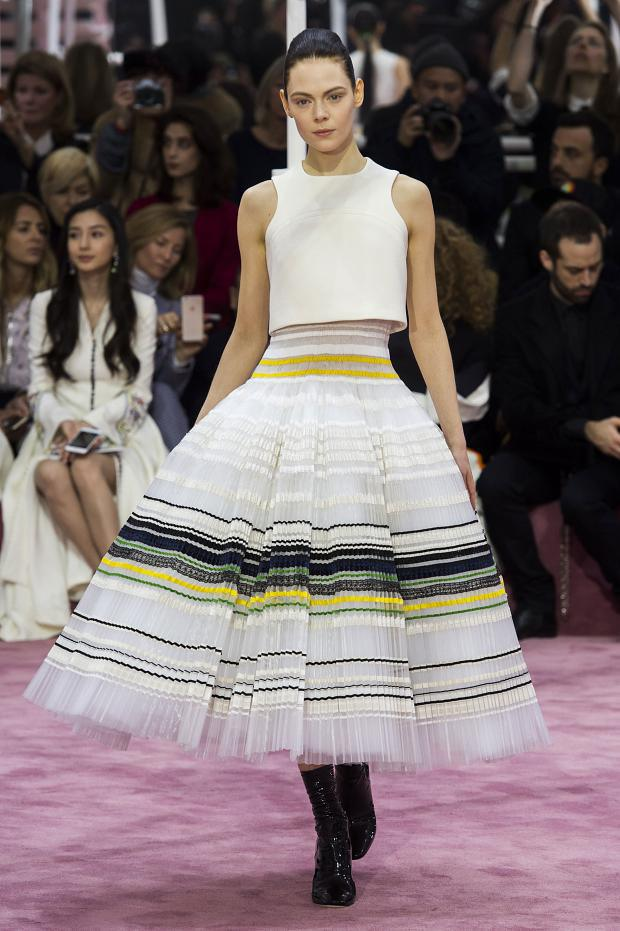 christian-dior-haute-couture-spring-2015-pfw56