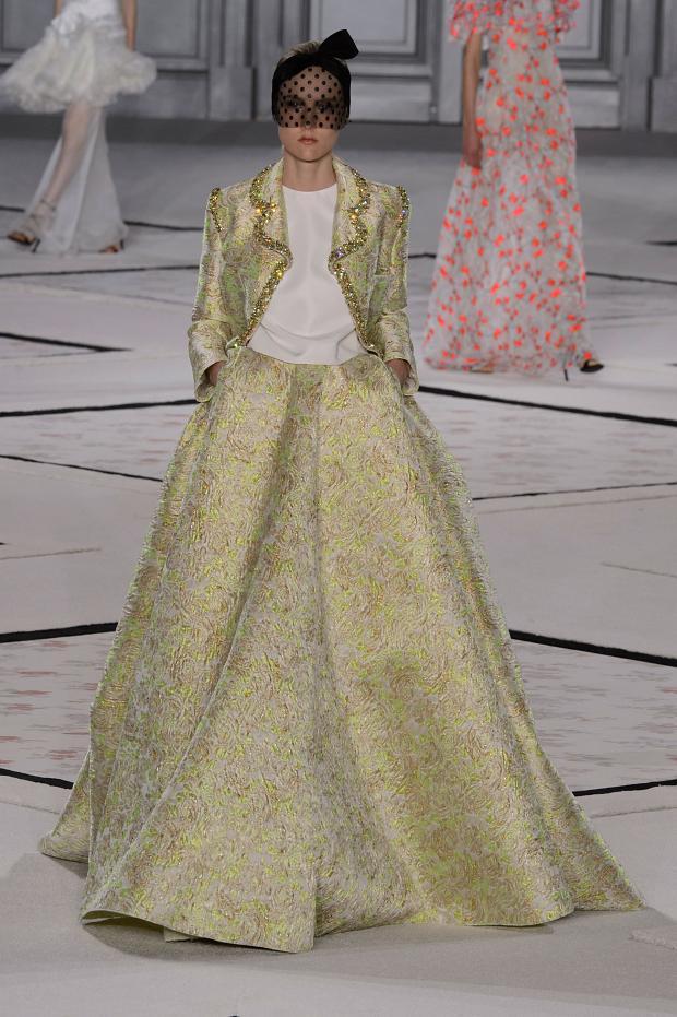 giambattista-valli-haute-couture-spring-2015-pfw41