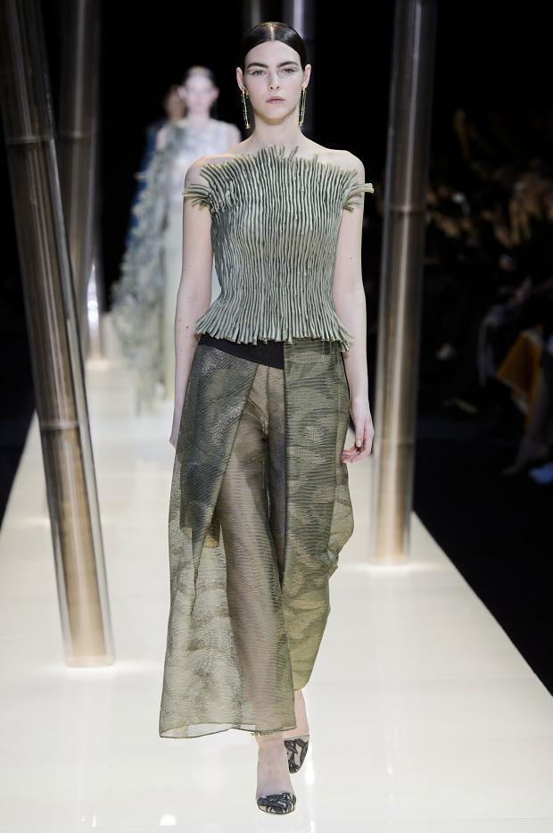 giorgio-armani-prive-haute-couture-spring-2015-pfw27