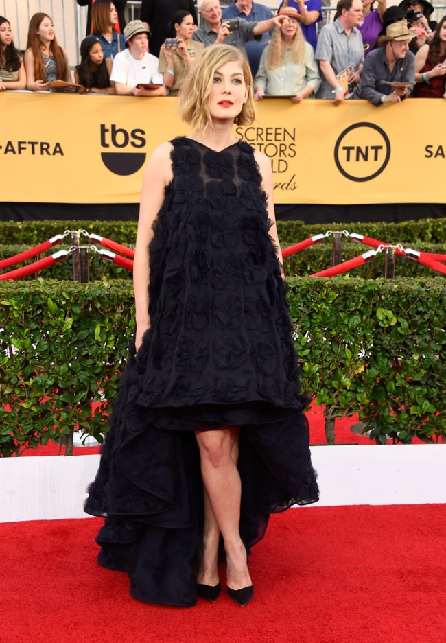 Rosamund Pike in Dior at the SAGs