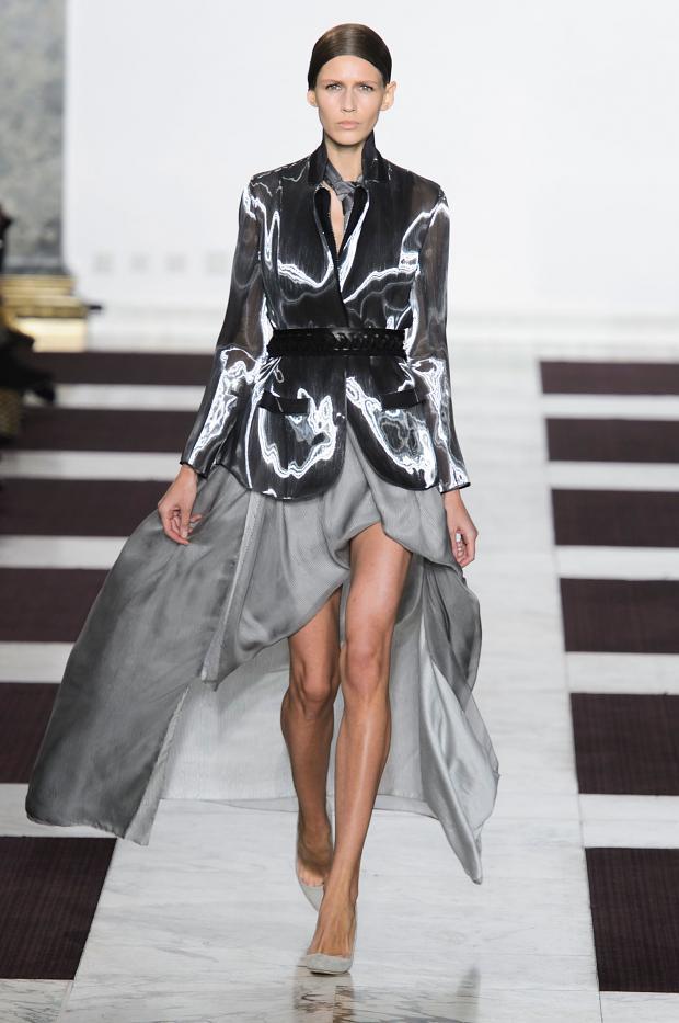Yiqing Yin Haute from Fashionising Runway