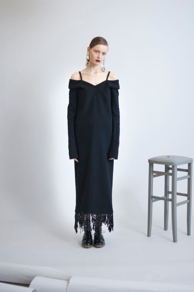 Isa Arfen Fall 2015 on Style.com