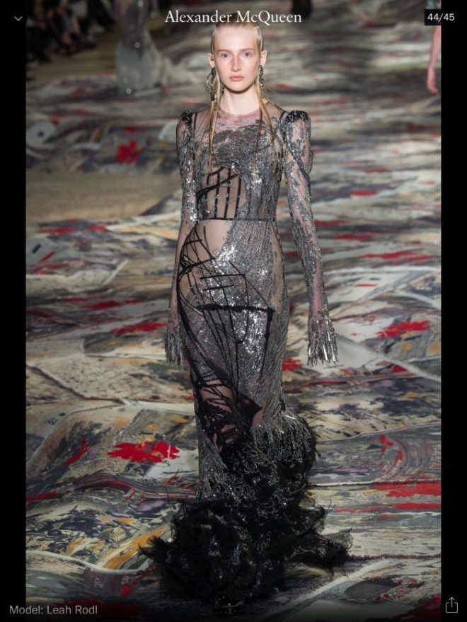 PFW: Alexander McQueen, RTW S/S 2017, image courtesy of Vogue Runway