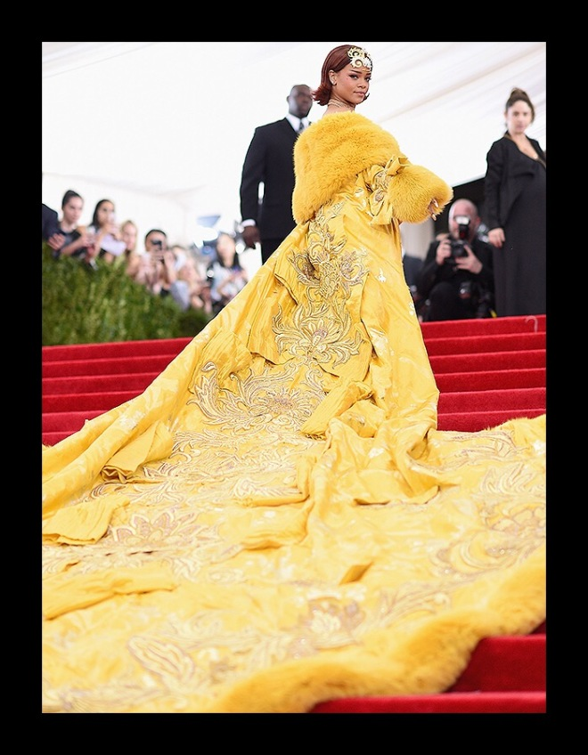 Rihanna in Guo Pei, The First Monday in May