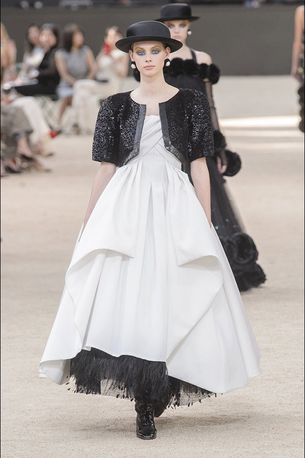 Haute Couture: Chanel Fall 2017