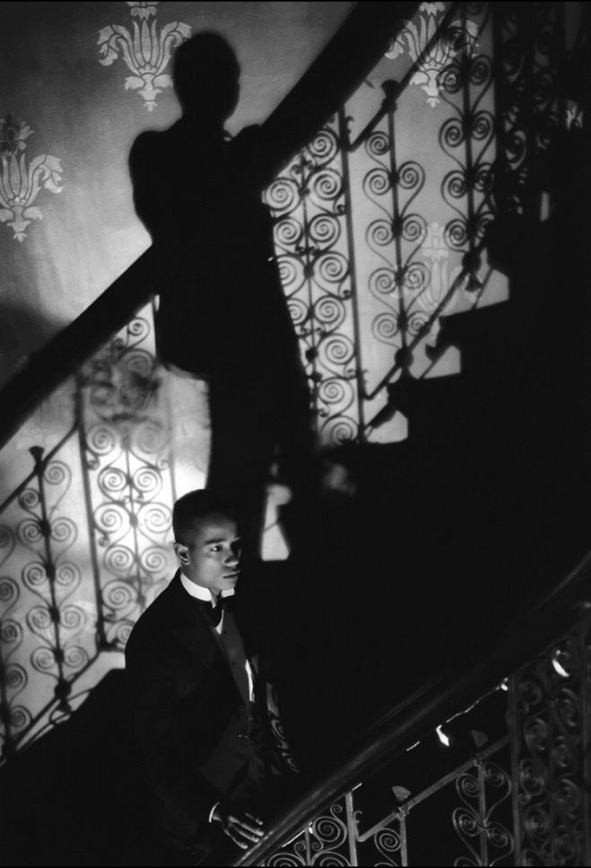 Film-Noir Staircase (Looking for Langston Vintage Series), 1989/2016 Image Courtesy Victoria Miro Gallery