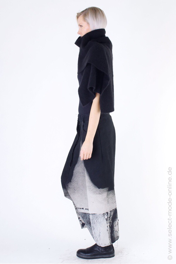 Rundholz Warm Cozy Scarf at SelectModeOnline