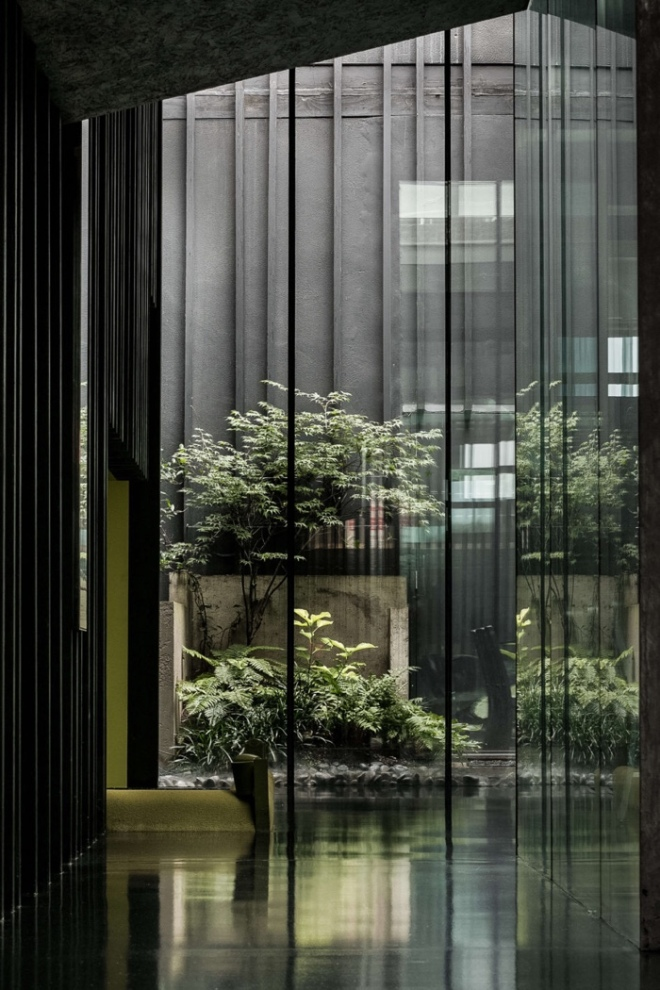 David Adjaye's Lost House: Light well courtyard