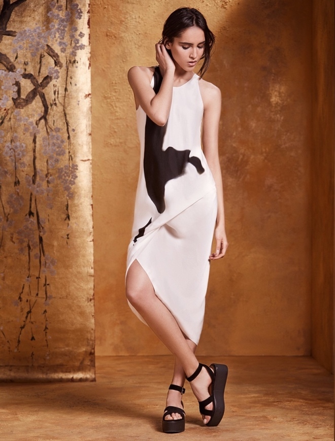 Urban Zen Orient Express Resort Collection: Abstract Brushstroke Side Tuck Dress