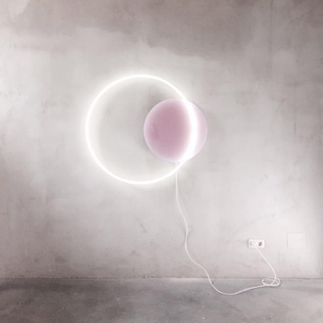 Sabine Marcelis, Voie Light Medium Hanging, Dusty Pink and White Neon