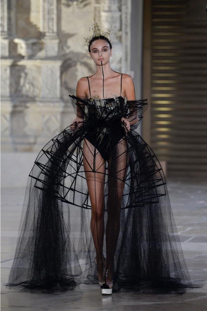 Guo Pei Winter 2018 Haute Couture