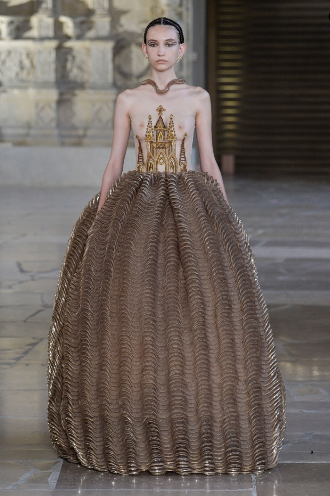 Guo Pei Winter 2018 Haute Couture