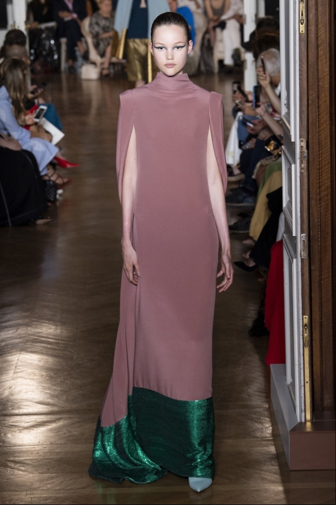 Valentino Winter 2018 Haute Couture